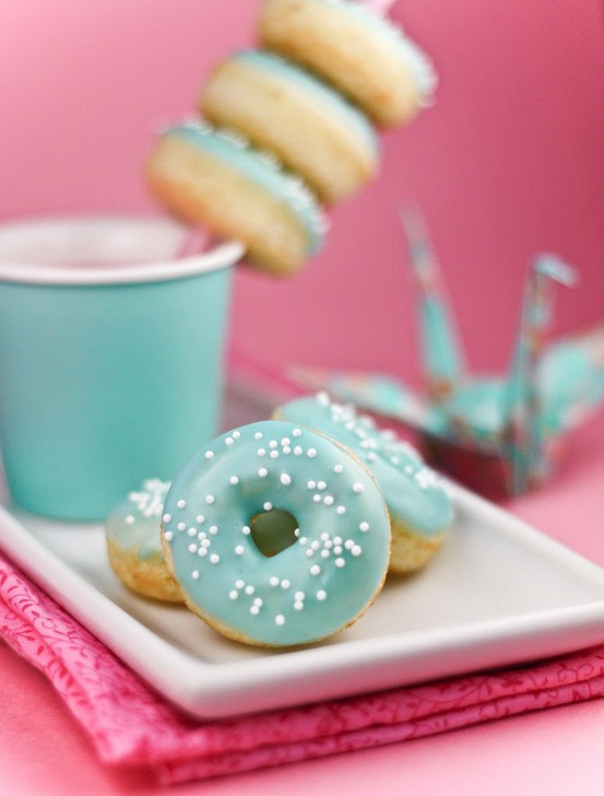 Accessoring Drinks with Donuts