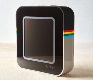 Cube-Social-Media-Photo-Stream2