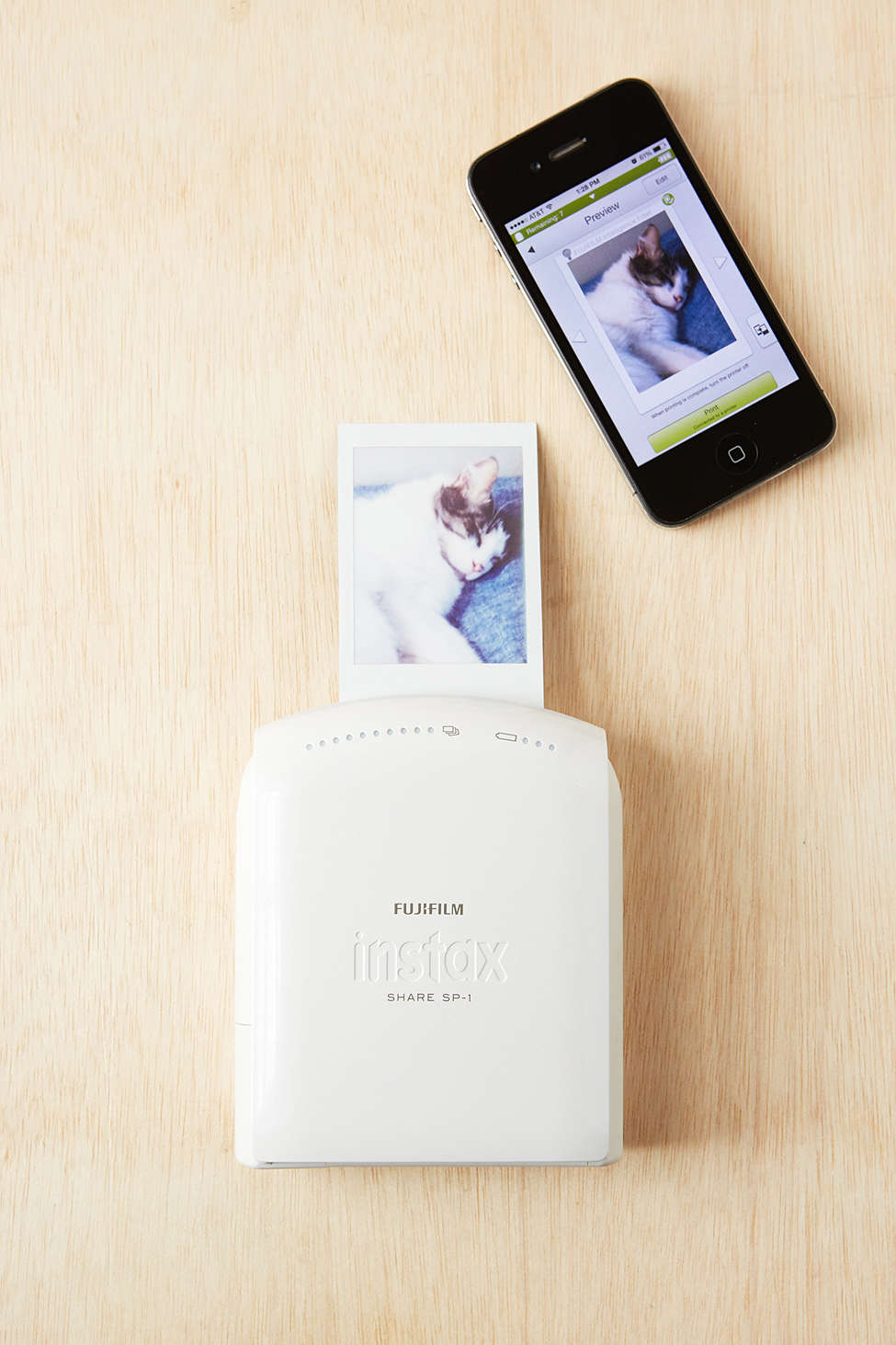Fujifilm-Instax-Instant-Smartphone-Printer