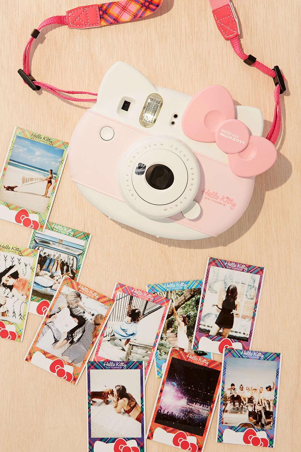 Fujifilm-Instax-Mini-Hello-Kitty-Camera-Kit